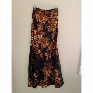 Mimi Chica Long Maxi Skirt Fall Floral Print